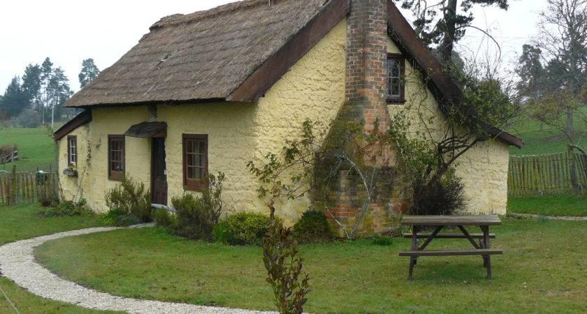Small Old Cottage Pixshark Galleries