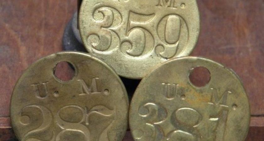 Three Vintage Metal Number Ohmymilky Etsy