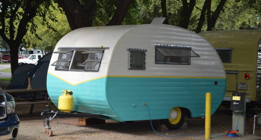 Trailer Wanted Vintage Camper Trailers