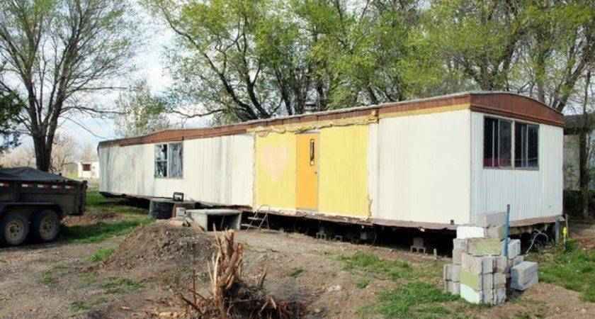 Turning Trashed Mobile Home Into Shop