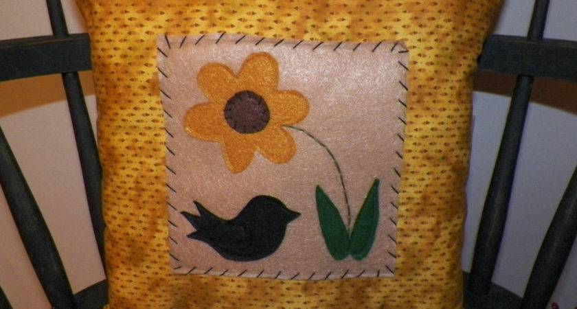 Unstuffed Primitive Pillow Cover Flower Spring Summer Crow