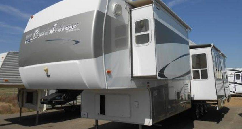 Used Gulfstream Prairie Schooner Fifth Wheel Trailer