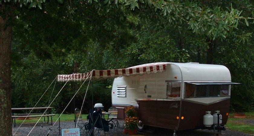 Vintage Awnings Riverbend Trailer Rally August