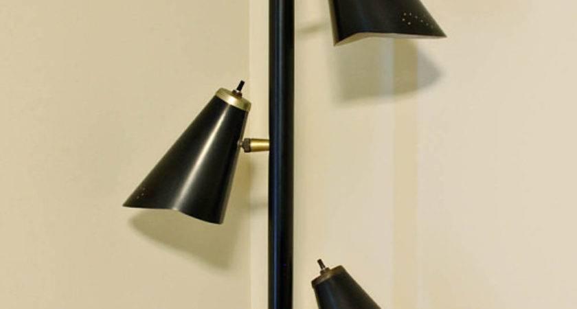 Vintage Lamp Pole Tension Black Mid