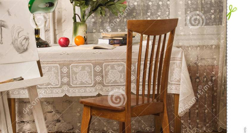 Vintage Living Room Old Fashioned Table Chair