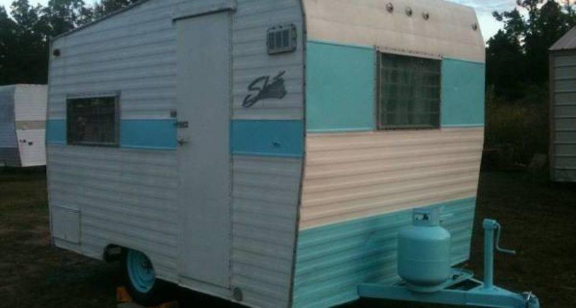 Vintage Shasta Compact Travel Trailer