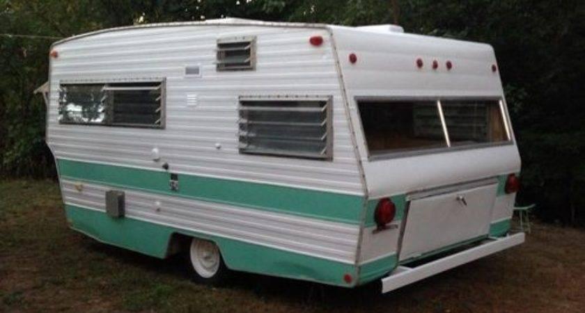 Vintage Shasta Lofyte Travel Trailer Camper