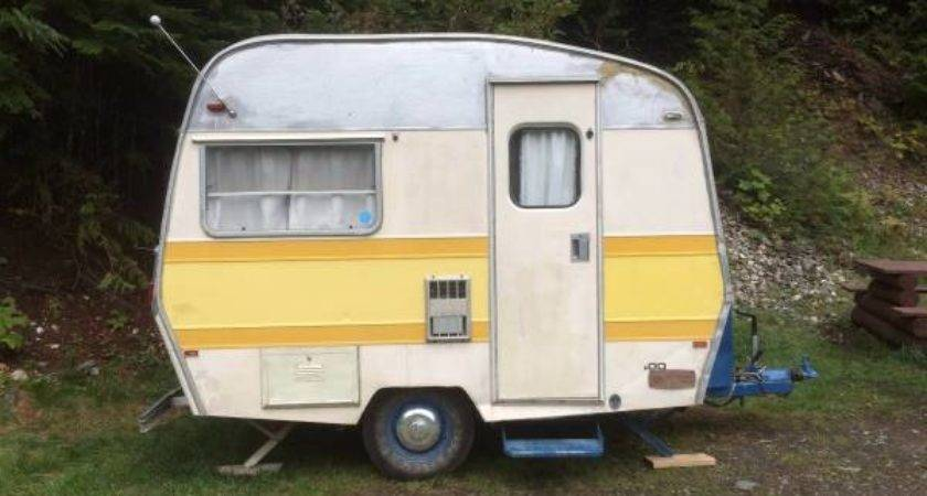 Vintage Small Trailer Sprite Travel