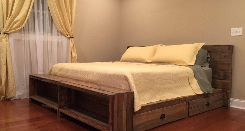 White Pallet Bed Room King Canopy