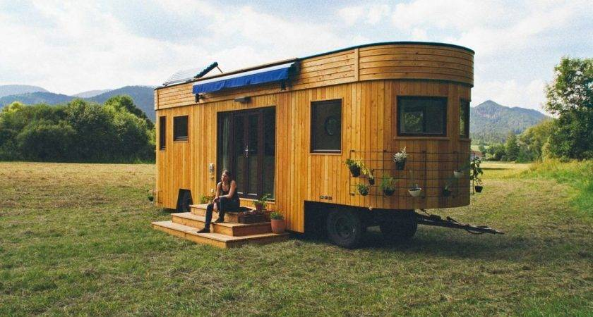 Wohnwagon Self Sufficient Mobile Dwelling