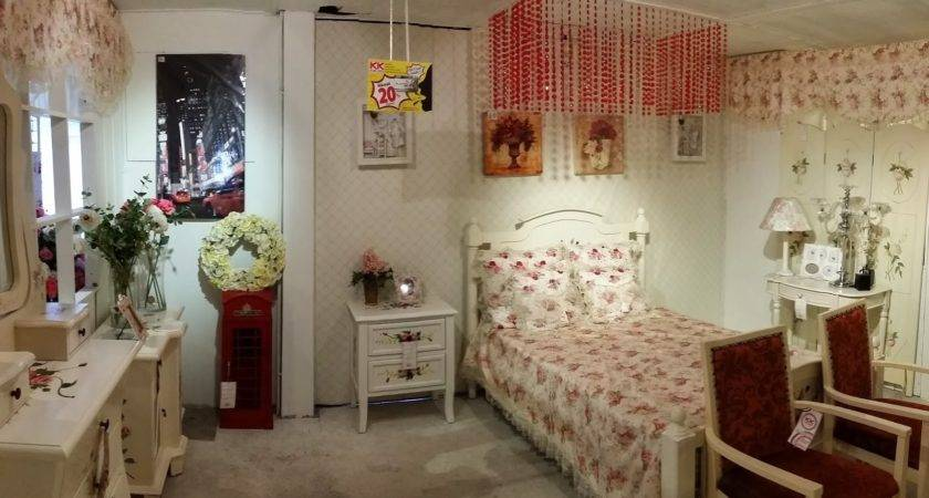 Xing English Cottage Style Decor