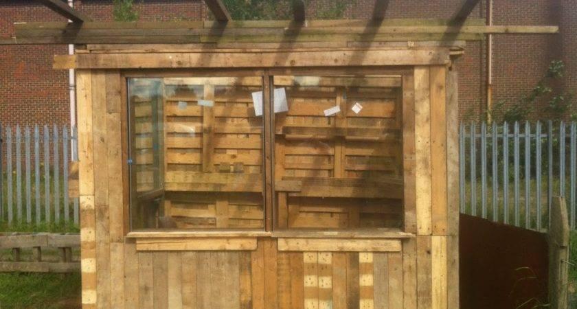Yorkshire Allotment Pallet Shed Build